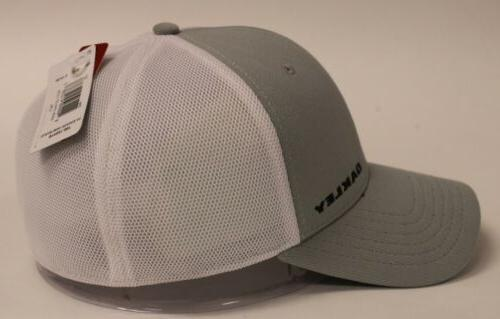 Oakley Men's Stretch Silicon Bark Trucker 4.0 Hat SH3 White NWT