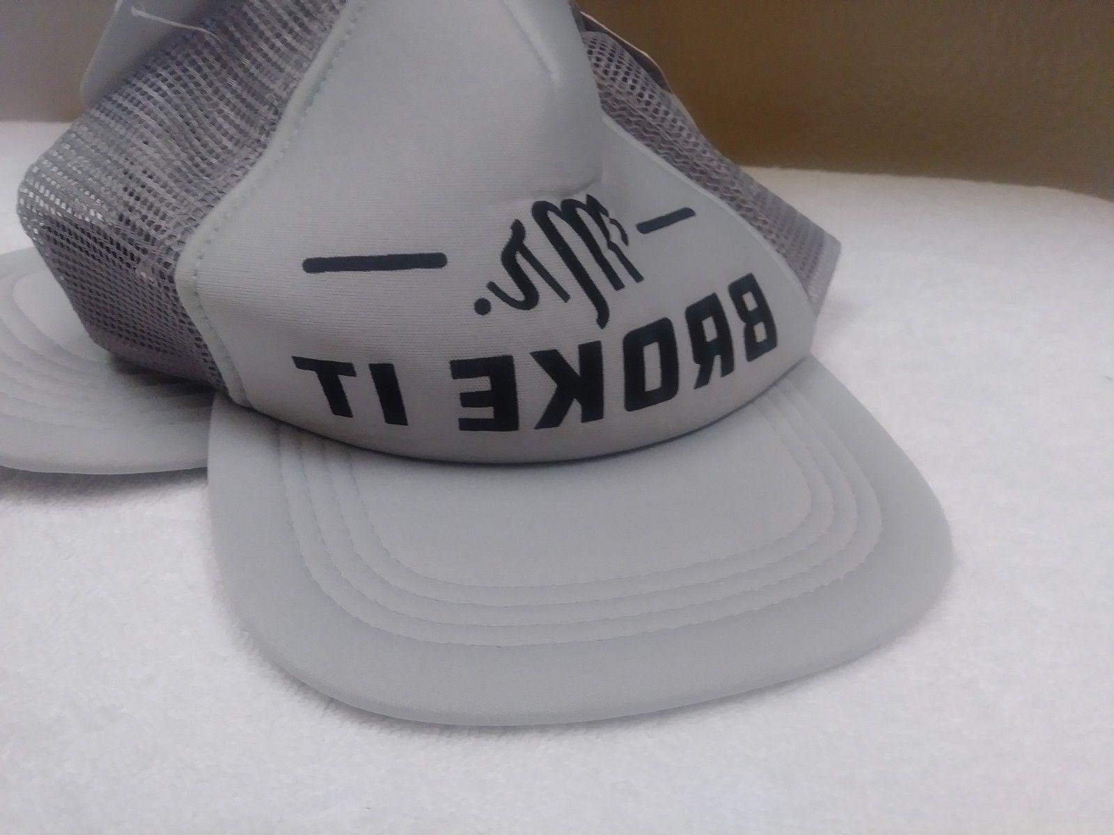 NWT Set MR MR FIX IT Trucker Hats