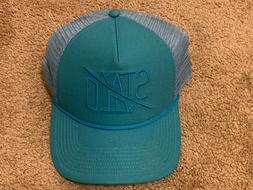 New The North Face Cross Stitch Trucker Hat Stay Wild Blue M