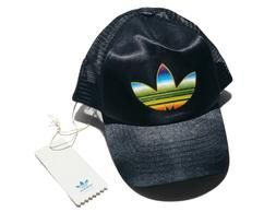ADIDAS Originals black trucker hat cap snapback rainbow tref